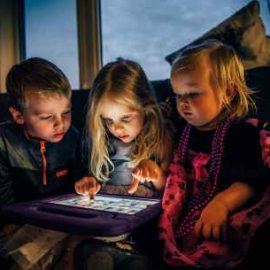 How to stay in touch with your preschoolers, and include disadvantaged families?