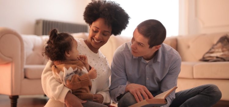 Five benefits of reading to infants